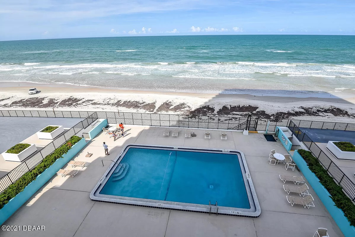 byt na prodej 2200 N Atlantic Ave APT 202, Daytona Beach, Florida