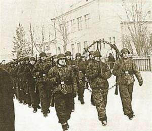 Pohřeb příslušníka divize SS Galizien v lietavská lúčka, leden 1945.