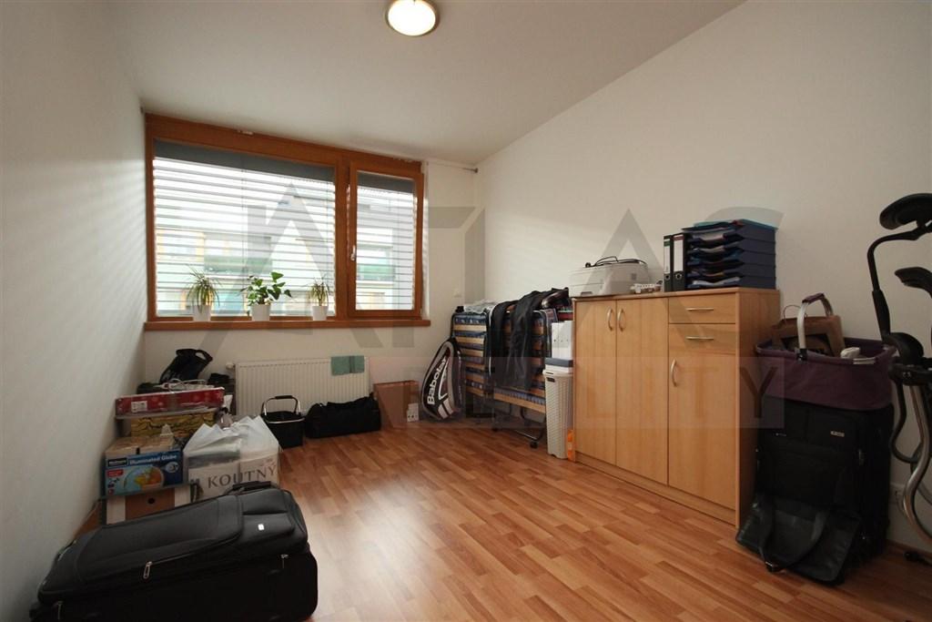 Pronájem bytu 2+1, 42 m² , Praha - Košíře, Musílkova