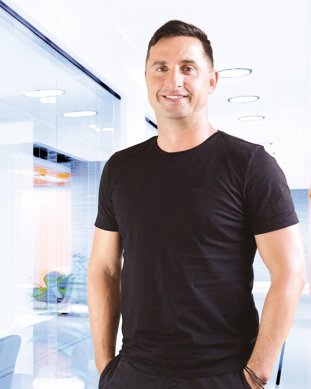 Róbert Rapčan, intervenční algeziológ a specialista na miniinvazivní a endoskopickou léčbu zad